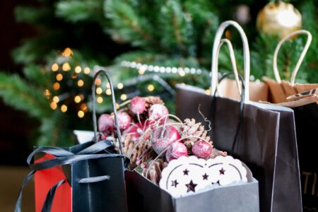Why You Need to THRIFT This Christmas