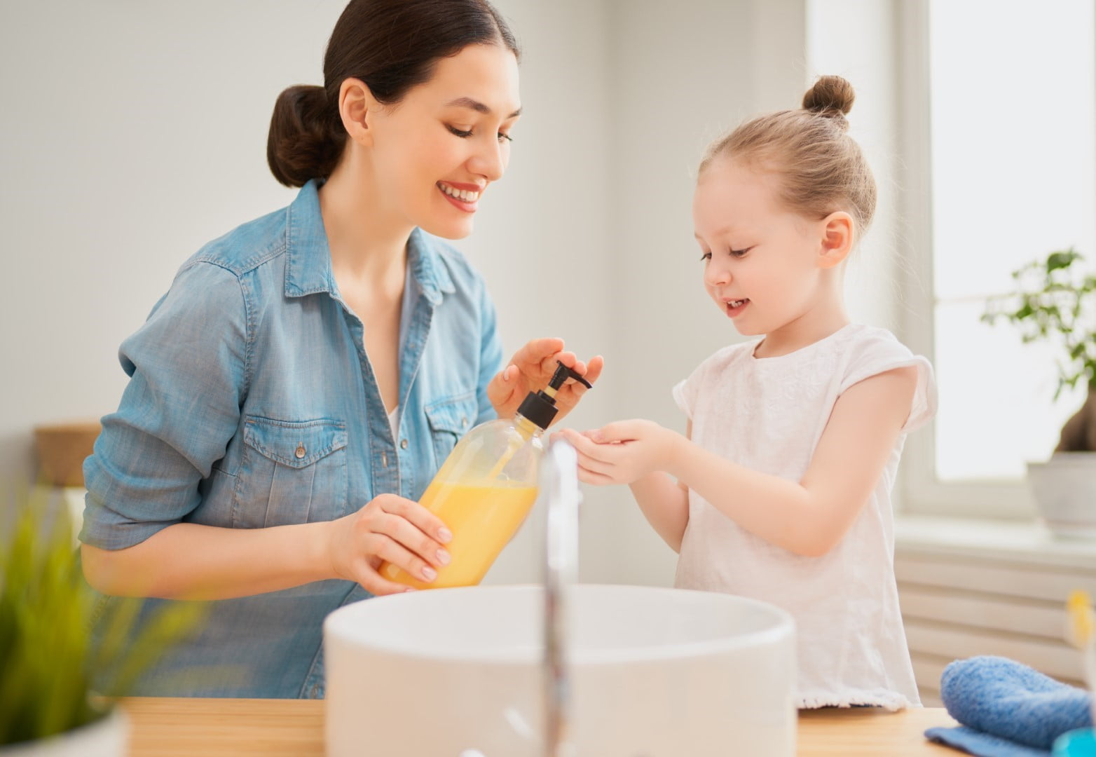 How Moms Can Do It All While In Quarantine