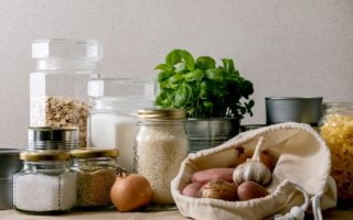 What and How Much Food to Stockpile For Winter