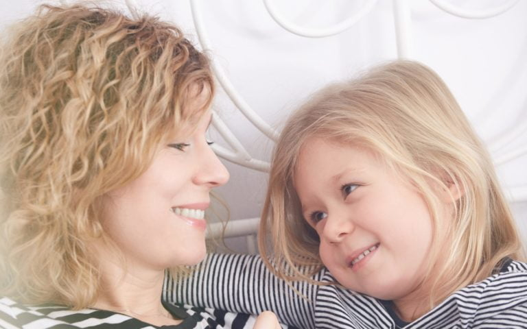 10 Things Happy Stay at Home Moms Always Do
