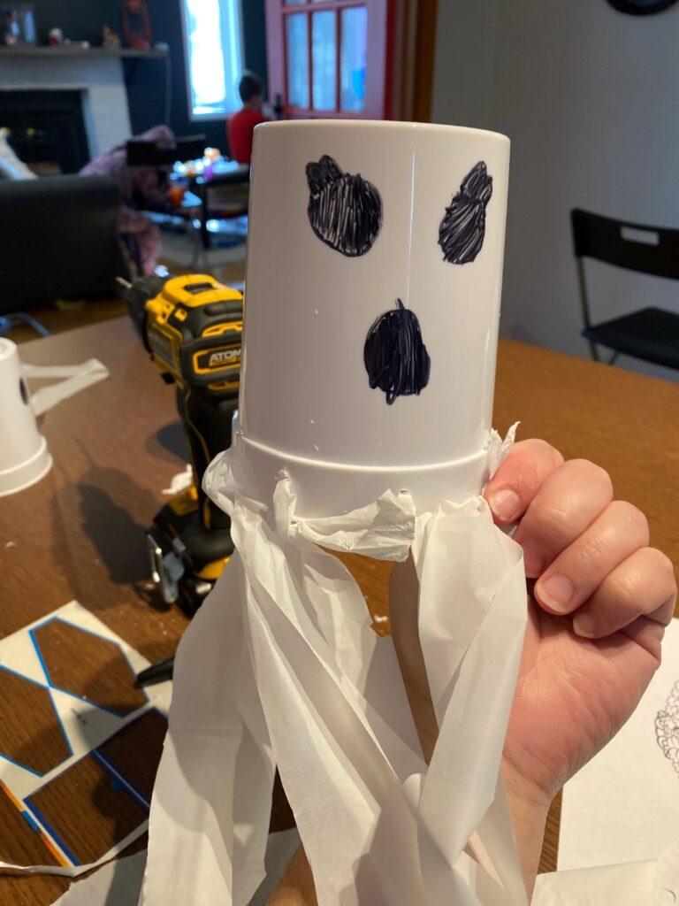 Kid's ghost face craft