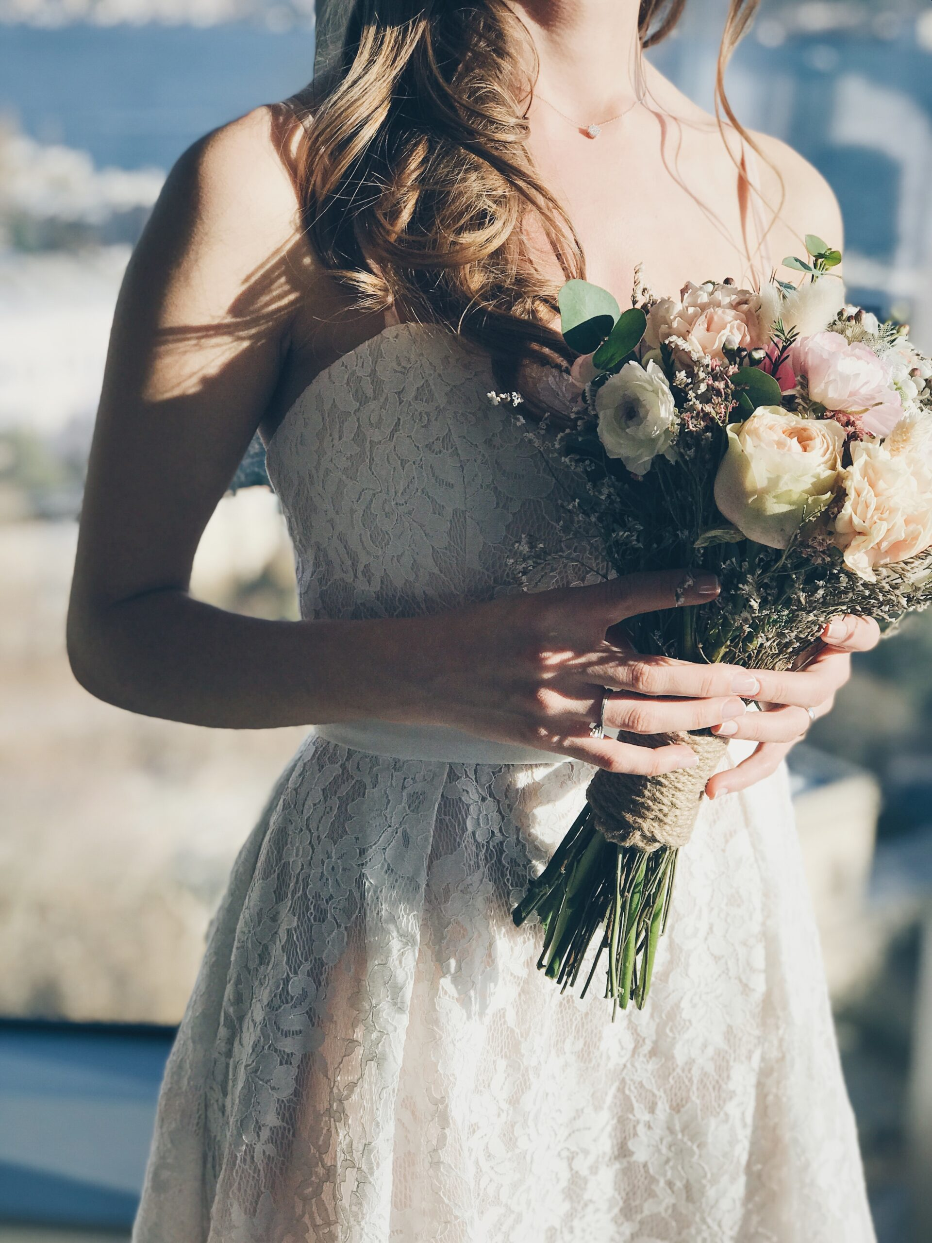 The right flowers make all the difference in you wedding dress
