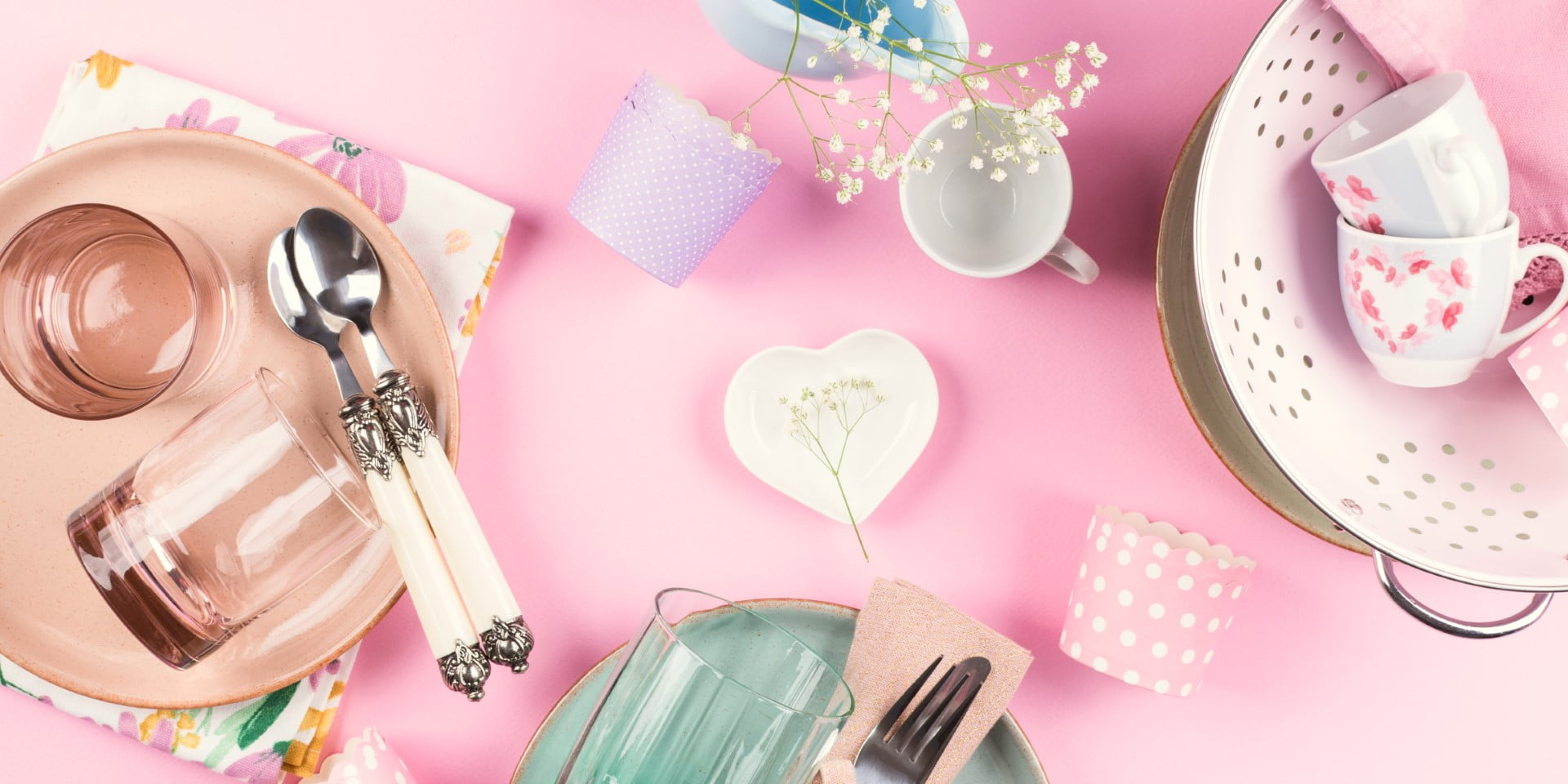 Pink Kitchen Accessories and Appliances